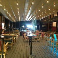 7/4/2013 tarihinde Yehya E.ziyaretçi tarafından Hangover Cafe & Bar'de çekilen fotoğraf