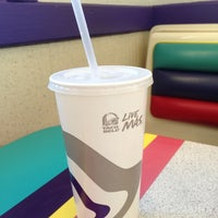 Photo taken at Taco Bell by Christine S. on 2/20/2014