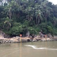 Foto tirada no(a) Ilha Urubuqueçaba por Jefferson M. em 1/14/2014