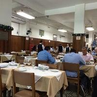 Foto tirada no(a) Restaurante Itamarati por Jefferson M. em 11/19/2014