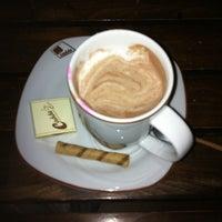 10/19/2013에 Nazife Ş.님이 Cadde Cafe에서 찍은 사진
