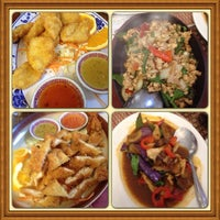 Photo taken at Pacifica Thai Cuisine by Mario P. on 4/14/2013