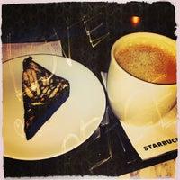 2/24/2013 tarihinde MrDMrC w.ziyaretçi tarafından Starbucks'de çekilen fotoğraf