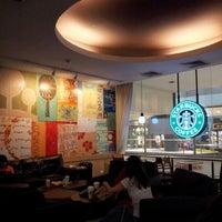 Photo taken at Starbucks by Graciela P. on 9/15/2012