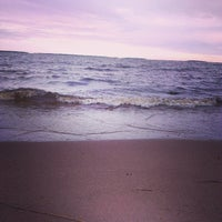 Photo taken at Пляж Сайнаволок by Серж R. on 5/27/2014