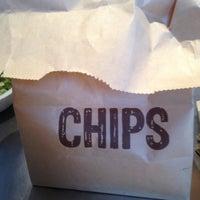 12/2/2012 tarihinde Heather A.ziyaretçi tarafından Chipotle Mexican Grill'de çekilen fotoğraf