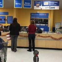 Photo taken at Walmart Supercenter by 😻Deniz H. on 12/13/2016