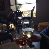 Photo taken at Cantine Winepub by Vicky W. on 4/9/2017