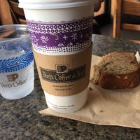 Photo taken at Peet's Coffee & Tea by Vicky W. on 10/23/2015