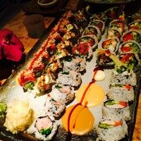 Снимок сделан в Fumisawa Sushi пользователем Vasily Alibabayevich S. 5/18/2015