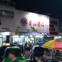 Photo taken at Supermarket Saga Jayapura by Asmanto B. on 3/3/2013