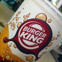 Photo taken at Burger King (Saleh Shehab Resort) Jlai3a 245 by Bo fahad A. on 9/28/2012