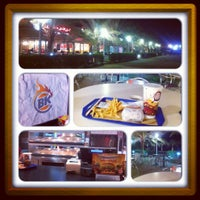 Photo taken at Burger King (Saleh Shehab Resort) Jlai3a 245 by Bo fahad A. on 9/27/2012