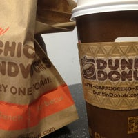 Photo taken at Dunkin' Donuts by Steve H. on 7/7/2013