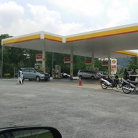 Photo taken at Shell Bandar Kinrara 5B by Effendy Z. on 10/4/2013