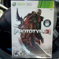 Photo taken at Gamestop by Juan U. on 4/28/2012