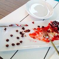 6/27/2014 tarihinde Ahmet Mert Ş.ziyaretçi tarafından Nossa Cafe & Brasserie'de çekilen fotoğraf