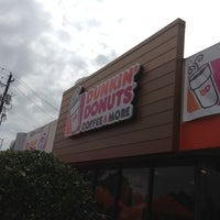 Photo taken at Dunkin Donuts / Baskin-Robbins by Iris C. on 7/27/2013