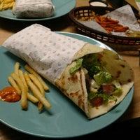 Foto tomada en Ankara Döner & Burger por Jose A. el 4/14/2016