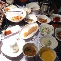 Photo taken at 牛和牛韩式烤肉店 by Jennifer T. on 5/30/2014