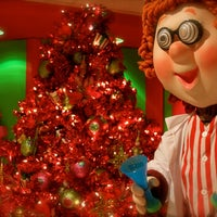 Photo taken at Mr. Kringle and Company by Mr. Kringle and Company on 9/5/2013