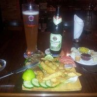 Photo taken at Kelari Beerhouse by Yuri G. on 10/10/2013