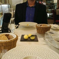 Photo taken at Salon Restaurant by MarketingProfesszorok.hu M. on 11/15/2016