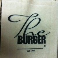 Снимок сделан в The Burger пользователем Liana G. 12/27/2012