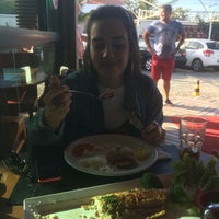 7/30/2017にMariana B.がFish Grill Praia Bravaで撮った写真