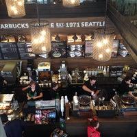 9/27/2014 tarihinde Eda S.ziyaretçi tarafından Starbucks'de çekilen fotoğraf