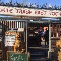 Das Foto wurde bei White Trash Fast Food von Philipp H. am 5/22/2014 aufgenommen