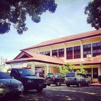 Photo taken at Fakultas Teknik by Juan K. on 7/4/2013