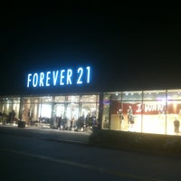 Photo taken at Forever 21 by ACG Real Estate G. on 9/8/2013