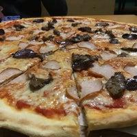 Снимок сделан в Cipollino Pizza пользователем Kolya B. 4/4/2018