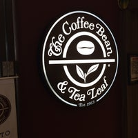 Photo taken at The Coffee Bean & Tea Leaf by Andri R. on 9/23/2016