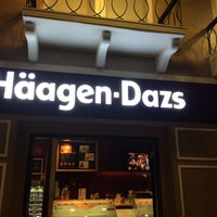 Photo taken at Haagen-Dazs by Andri R. on 5/12/2016