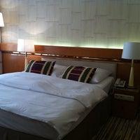 Das Foto wurde bei Hotel Nikko Düsseldorf von Hans am 9/12/2011 aufgenommen