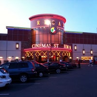 Photo taken at Regal Cinemas Everett Mall 16 & RPX by Røbert A. on 7/2/2011