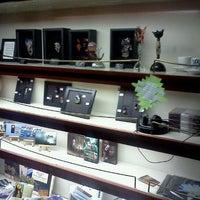 Photo taken at Hob Nobs Cafe & Spirits by Alex Z. on 6/2/2012