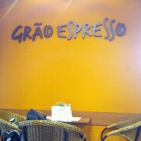 Photo taken at Grão Espresso by Carolina L. on 3/23/2012