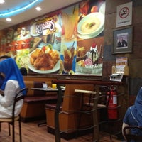 Photo taken at Kenny Rogers Roasters by Mohamad I. on 8/10/2012
