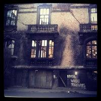 Photo taken at Las Memorables by Johanna E. on 6/11/2012