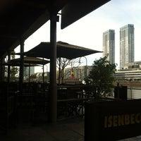Foto diambil di Bulldog Bar & Grill oleh Nina G. pada 8/13/2012
