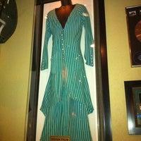 Снимок сделан в Hard Rock Cafe Houston пользователем Patti S. 11/13/2011