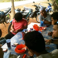 Photo taken at Gerai makan TUN by Sukri S. on 1/23/2012