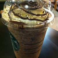 Photo prise au Starbucks par chocolatna le4/24/2012