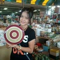 Photo taken at ร้านจาน ชาม เครื่องครัวเซรามิค by tooky t. on 11/14/2011
