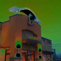 Photo taken at Taco Bell by The Liteman on 12/5/2011