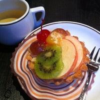 Снимок сделан в GLORY CAFE пользователем Joulu 3/10/2011