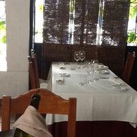 Foto tirada no(a) Restaurante La Cazuela por Diego B. em 3/15/2012